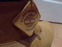 Buty z wysoką cholewą